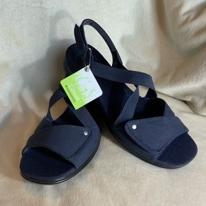 """⭐️🆕⭐️ GRASSHOPPERS Casual """"Orchid"""" Navy Sandal"""